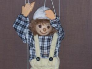 Wat vertelt jou een marionet?