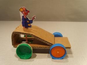 Carnavalwagen met krukas.