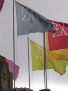 Wat vertelt jou een vlaggenmast?