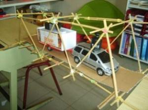 De brug over - Bamboestiek